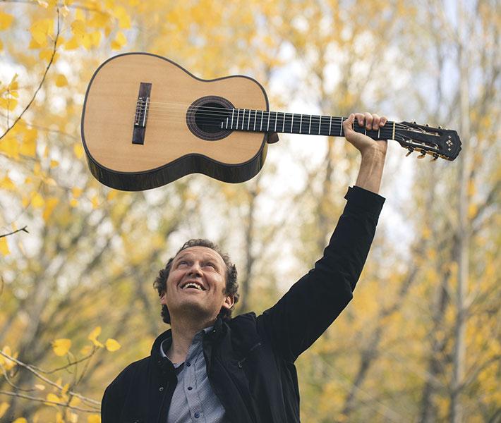 Miquel Pérez. Música