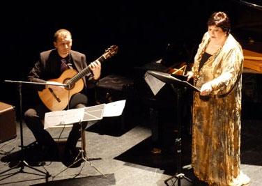 Con la célebre cantante Ana María Sánchez